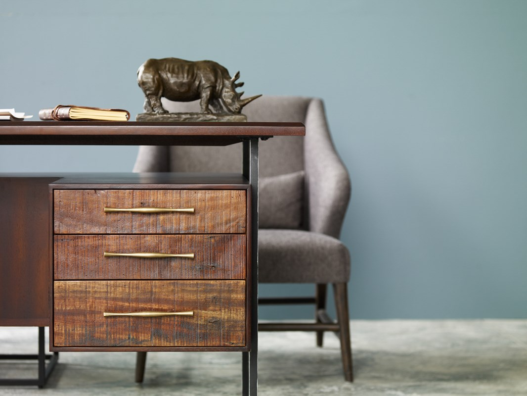 Featured:  Lauren Desk